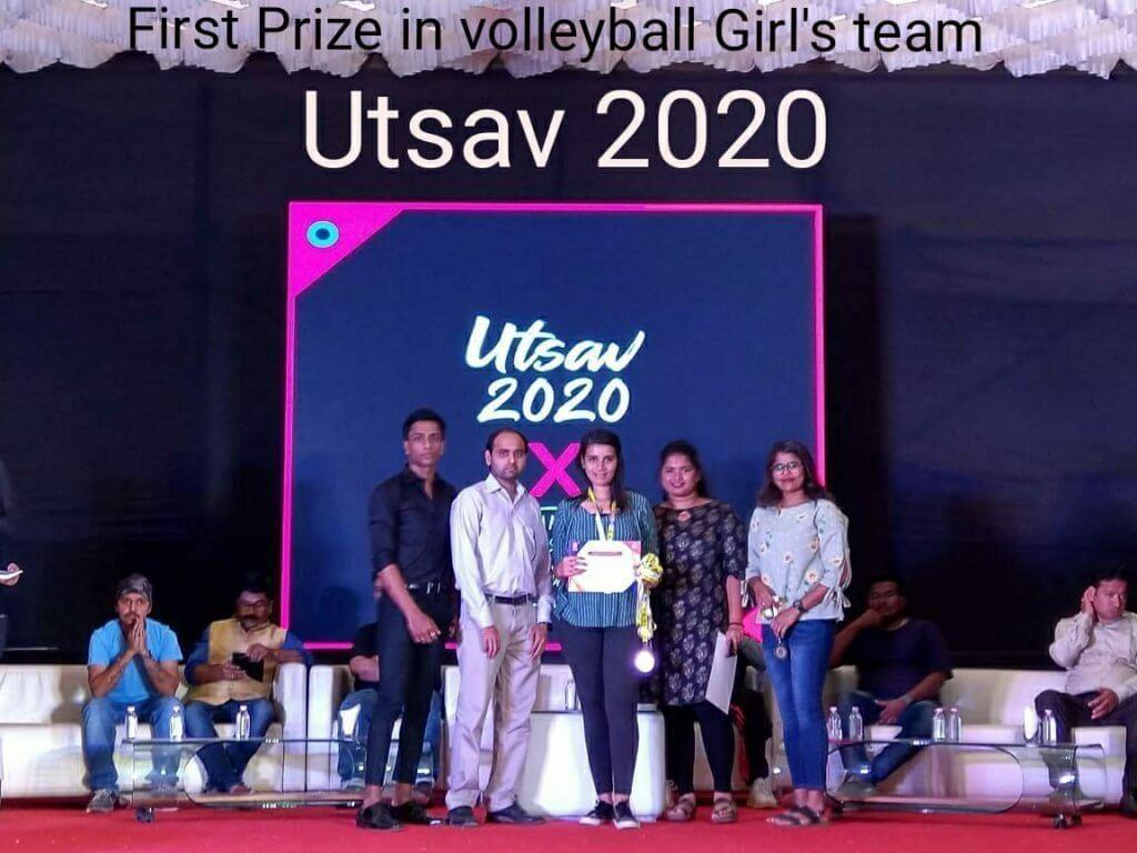 First Prize in volleyball Girl's Team Utsav 2020